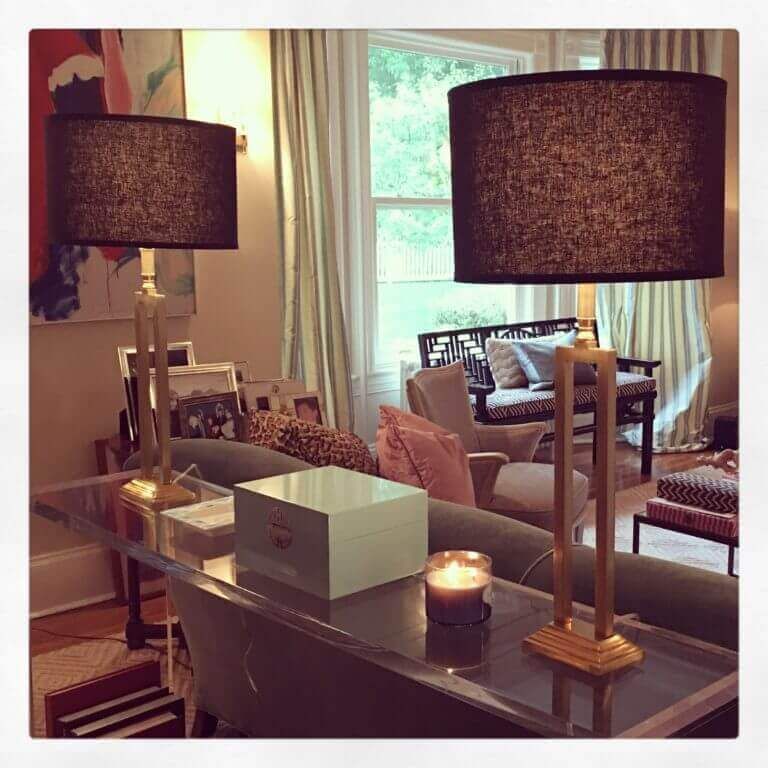 Console with Lamps